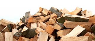 NMT-Heizen-mit-Holz-gespalten